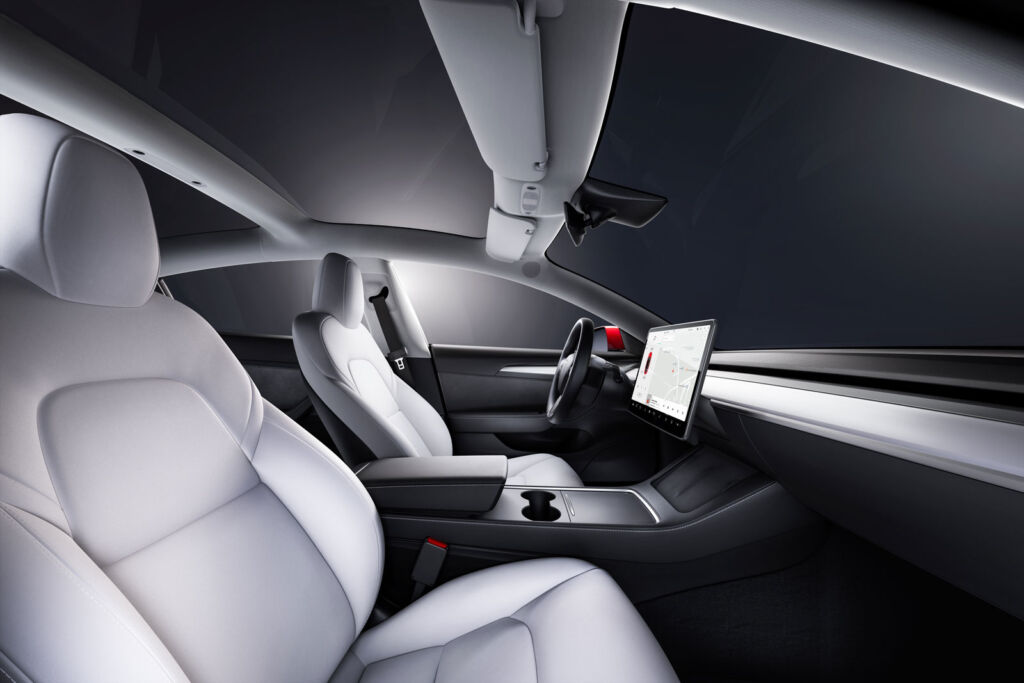 A closer view of the cars front seats