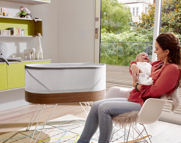 The Happiest Baby SNOO Smart Sleeper Baby Cot is Put to the Test