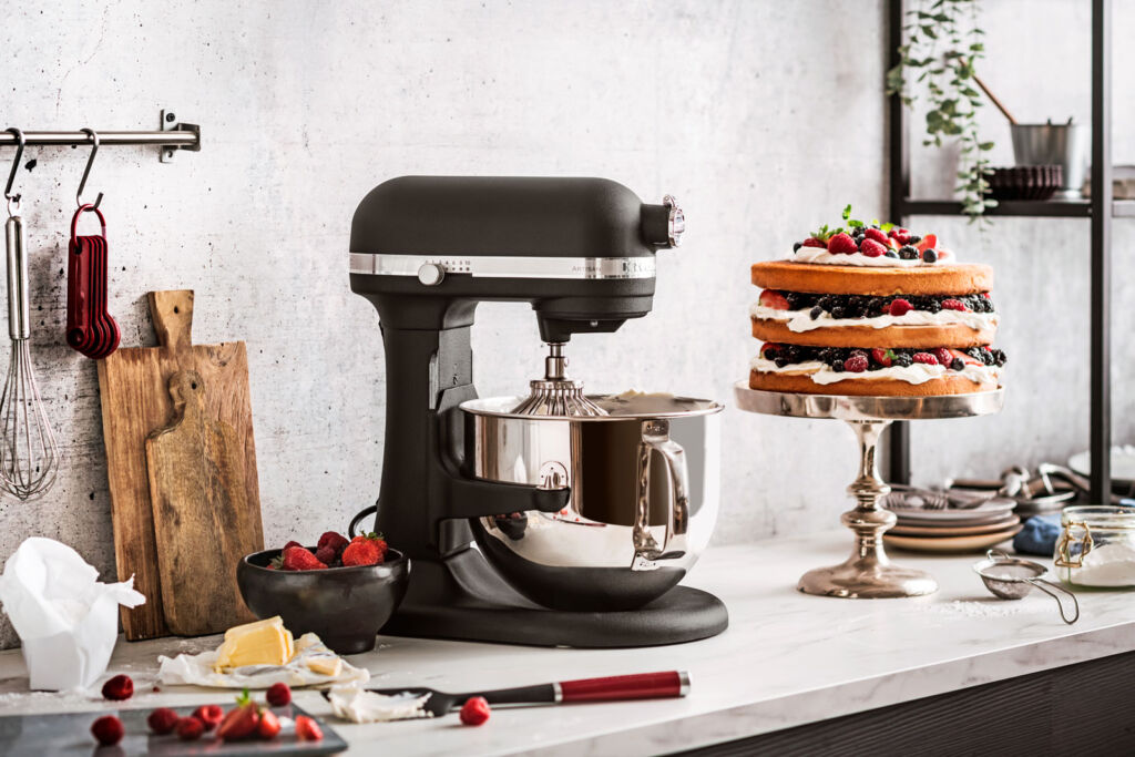 KitchenAid's Artisan 6.9L Bowl-Lift Stand Mixer Gets Some Bold New Colours