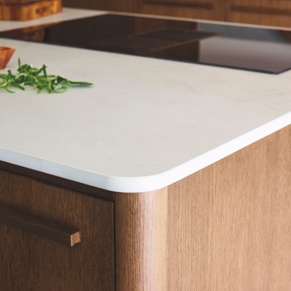 A closer look at the rounded edge of the work surface