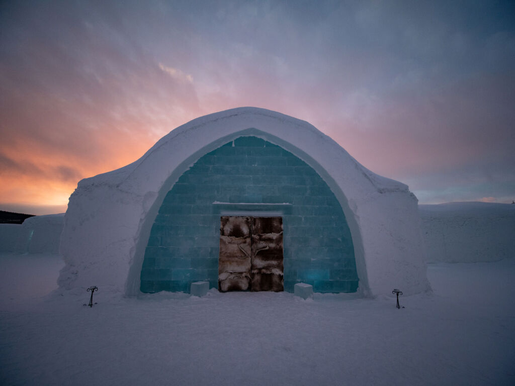 The world-famous Ice Hotel can also be experienced through virtual reality