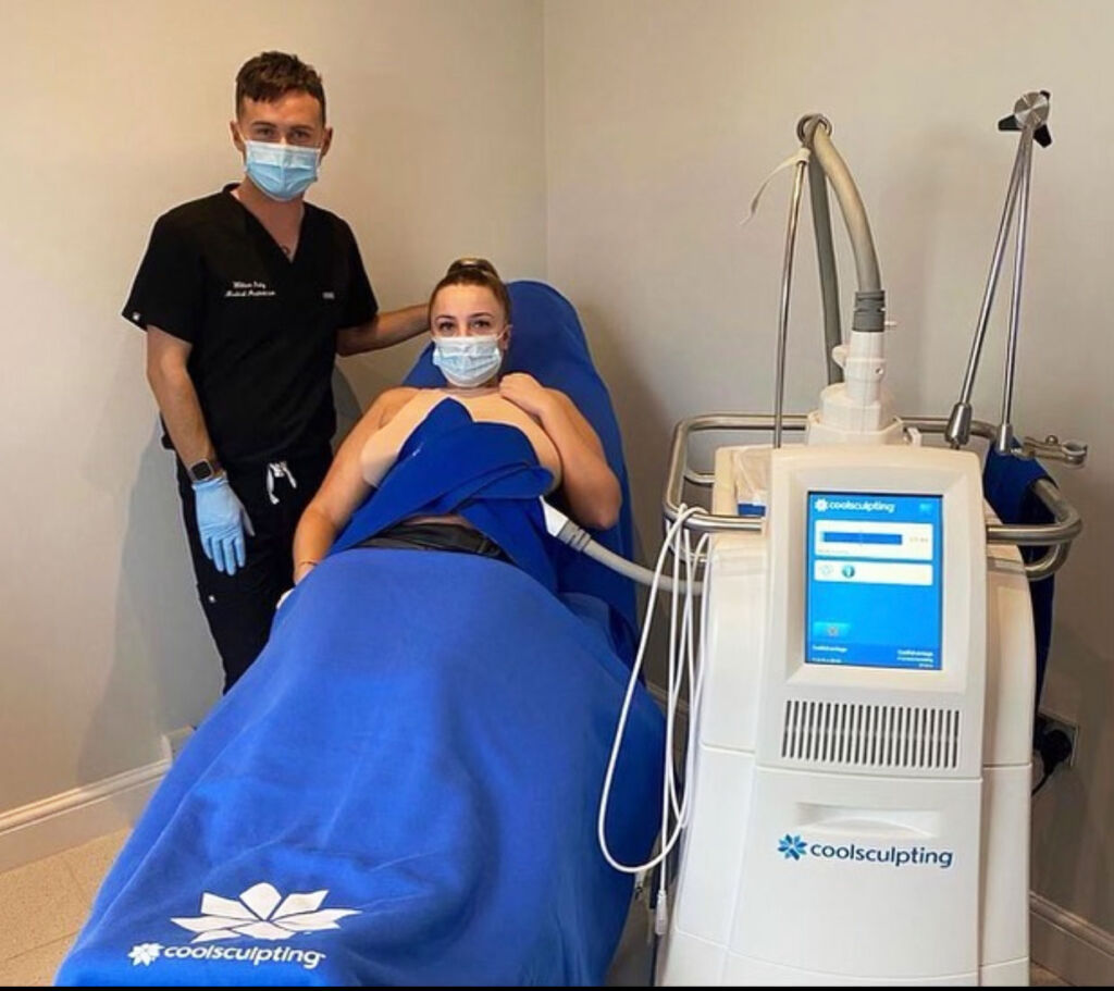 The treatment being performed on a female patient at the One Aesthetics Studio